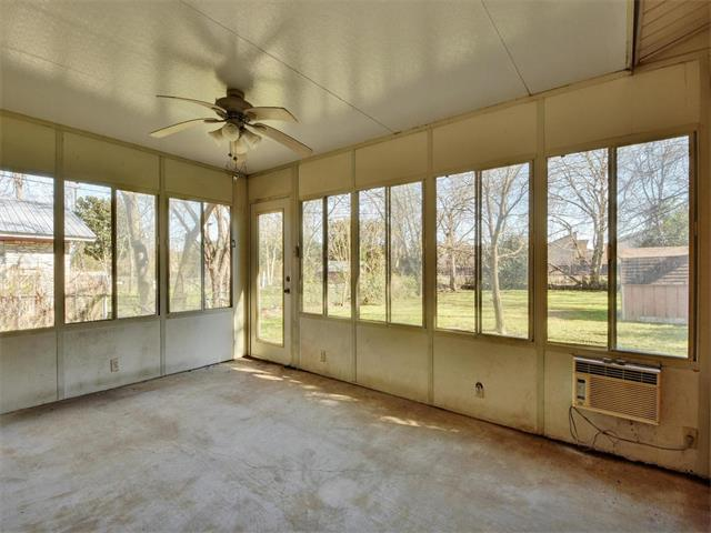 home renovation - sunroom - before